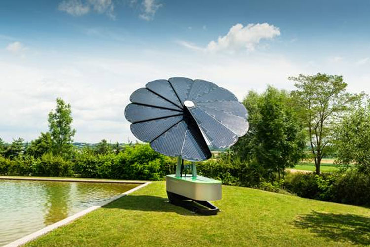 Smartflower zonnepanelen mobiel zonne energiestation for Mobiel te koop